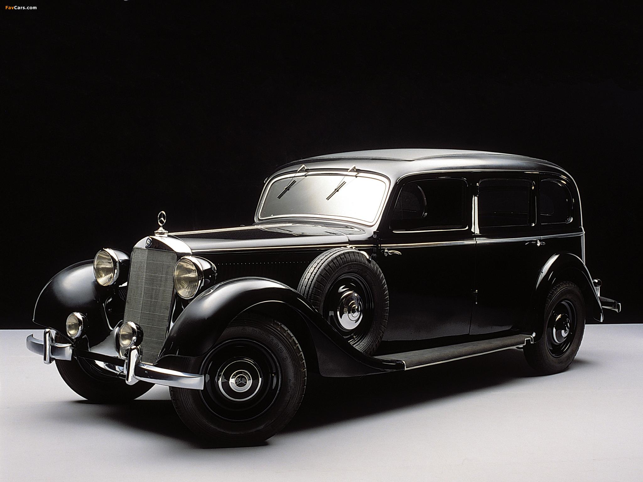 Photos of Mercedes-Benz 260D Pullman Limousine (W138) 1936–40 (2048 x 1536)