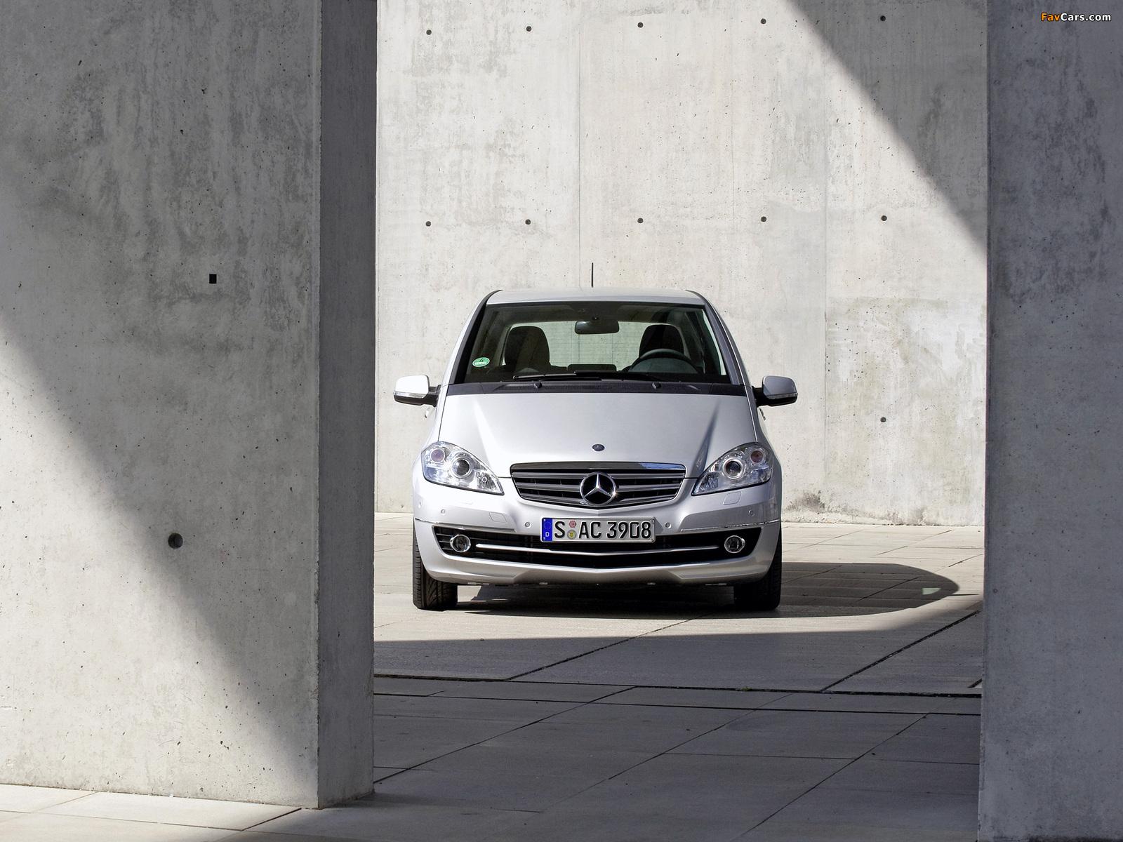 Mercedes-Benz A 170 5-door (W169) 2008 pictures (1600 x 1200)