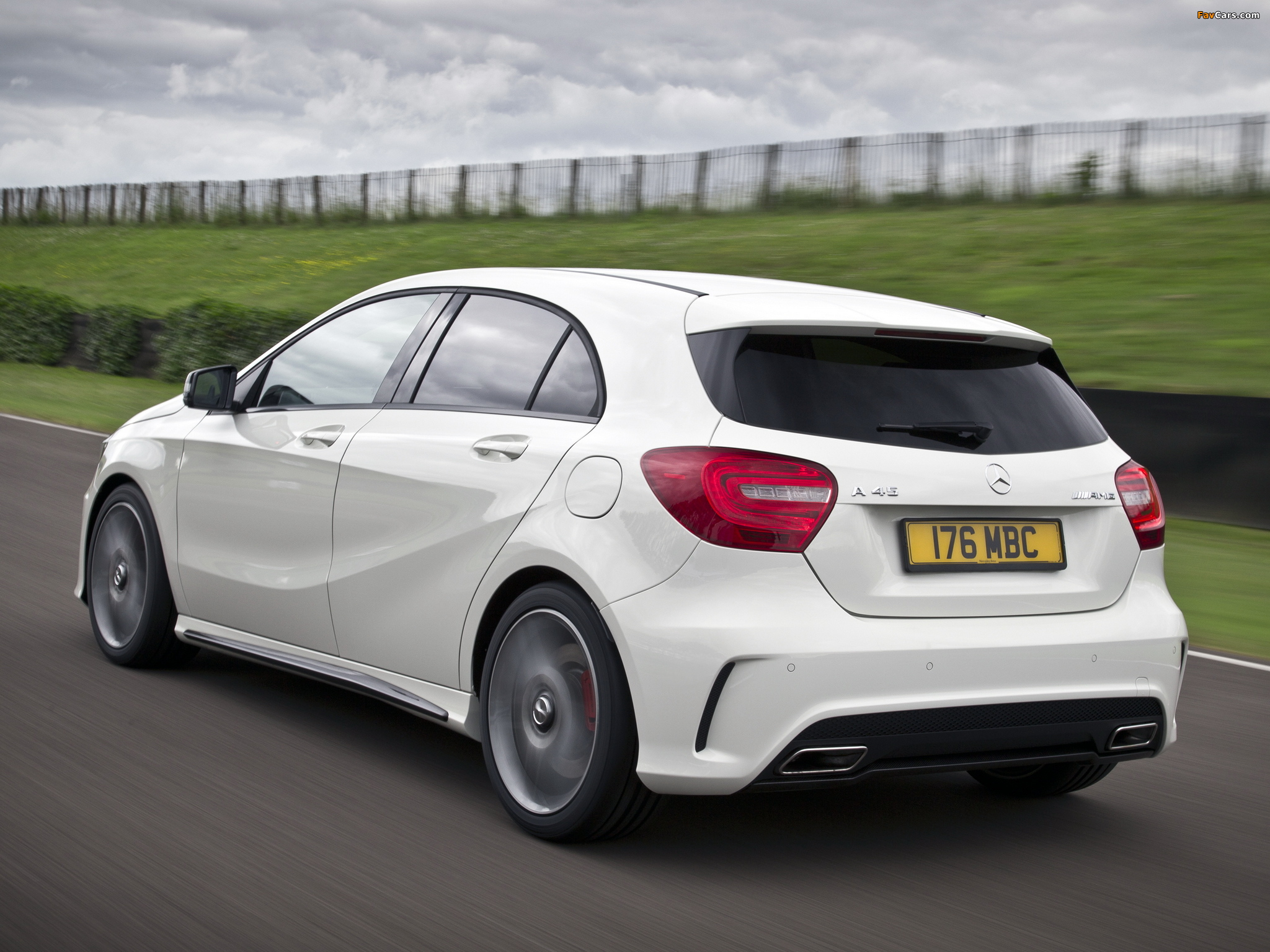 Mercedes Benz A 45 Amg Uk Spec W176 2013 Pictures