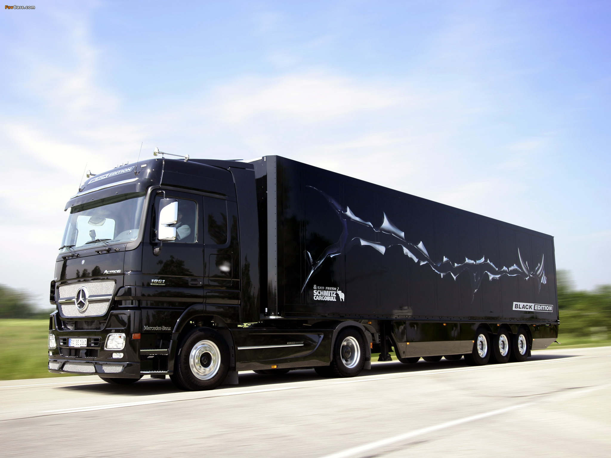 Images of Mercedes-Benz Actros 1861 LS Black Edition (MP2) 2004 (2048 x 1536)