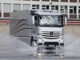 Pictures of Mercedes-Benz Actros Aerodynamic Truck Concept 2012