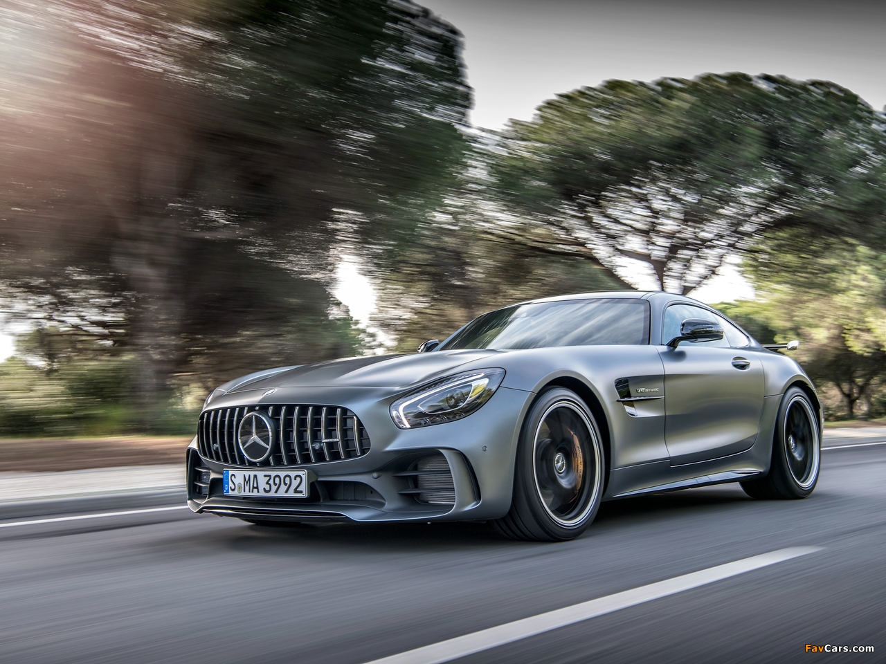 Mercedes-AMG GT R (C190) 2016 pictures (1280 x 960)