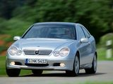 Images of Mercedes-Benz C 220 CDI Sportcoupe (C203) 2001–05