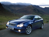 Images of Mercedes-Benz C 320 Sportcoupe UK-spec (C203) 2001–05