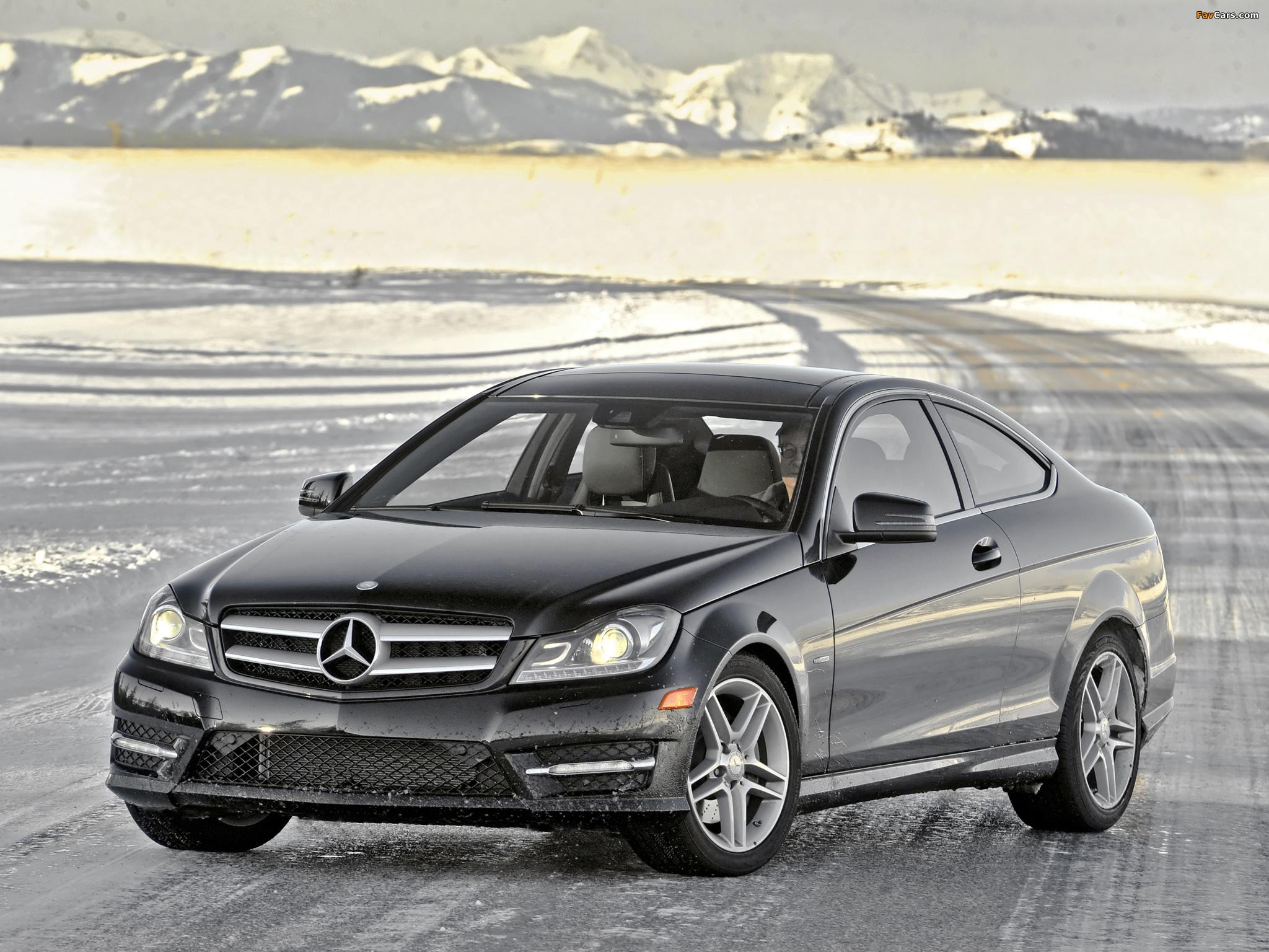 Images of Mercedes-Benz C 350 4MATIC Coupe US-spec (C204) 2011 (2048 x 1536)