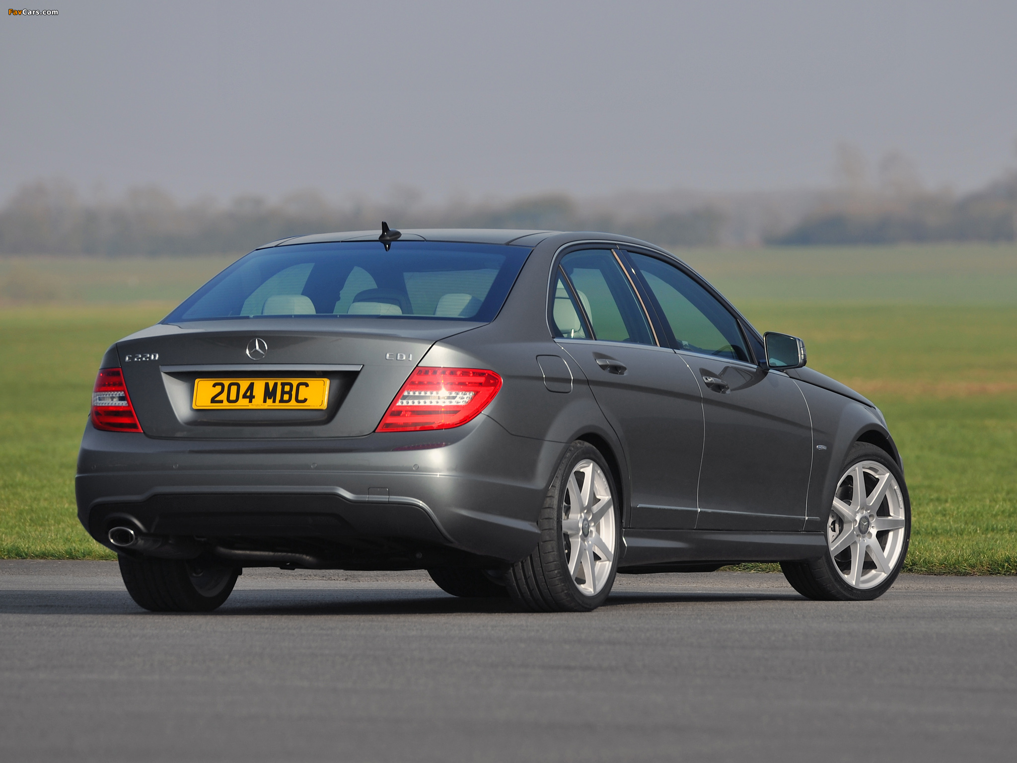 Images of Mercedes-Benz C 220 CDI AMG Sports Package UK-spec (W204) 2011 (2048 x 1536)