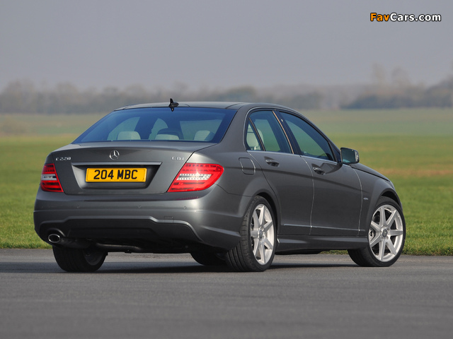 Images of Mercedes-Benz C 220 CDI AMG Sports Package UK-spec (W204) 2011 (640 x 480)