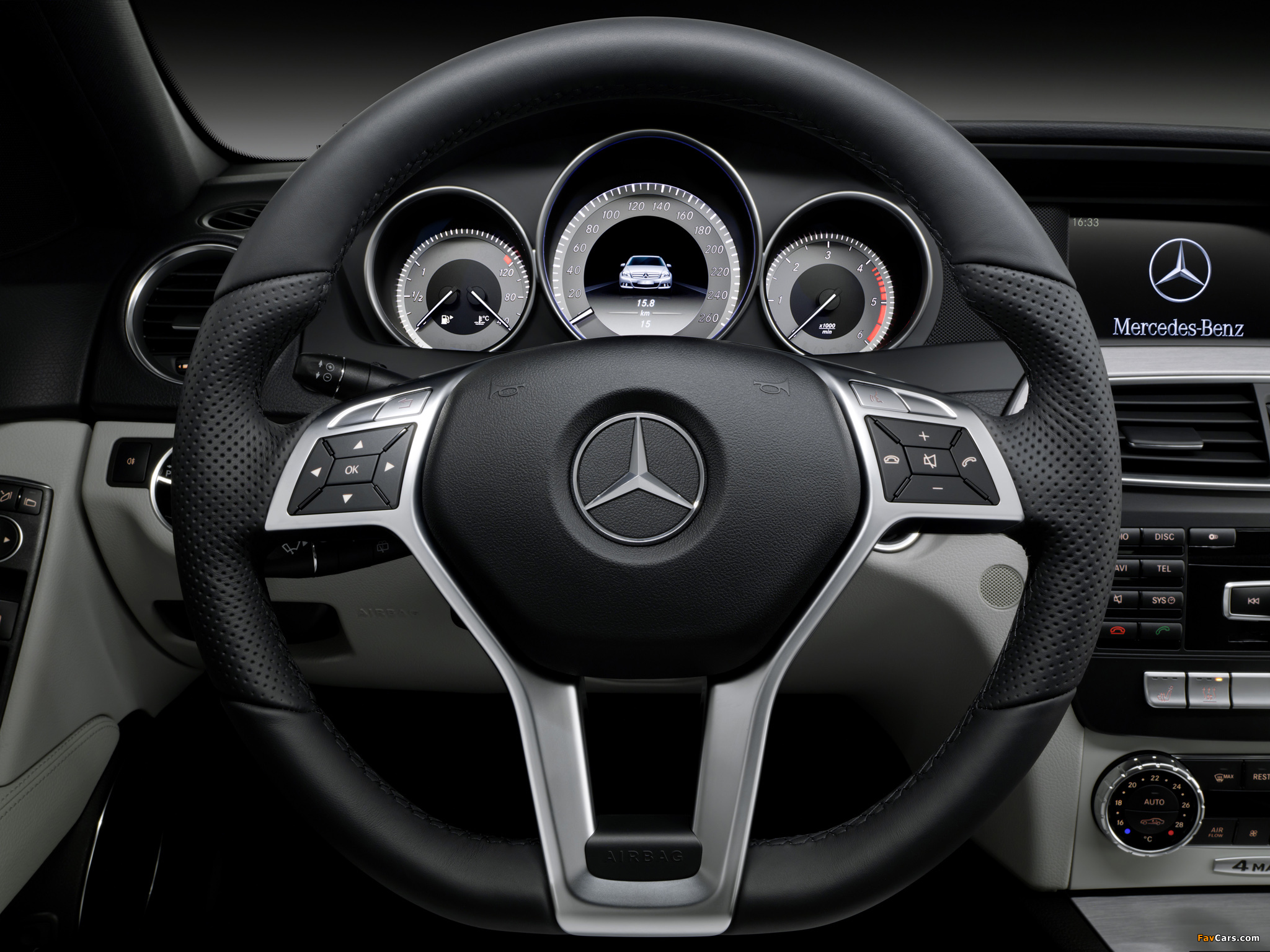 Images of Mercedes-Benz C 350 CDI 4MATIC AMG Sports Package Estate (S204) 2011 (2048 x 1536)