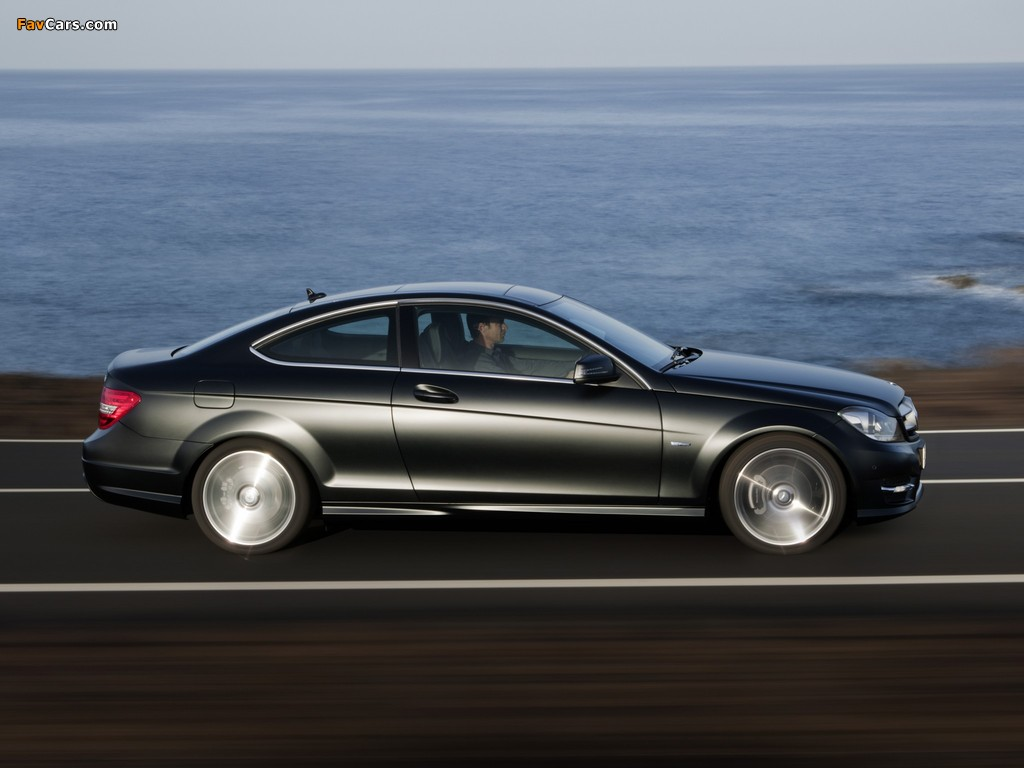 Images of Mercedes-Benz C 250 CDI Coupe (C204) 2011 (1024 x 768)