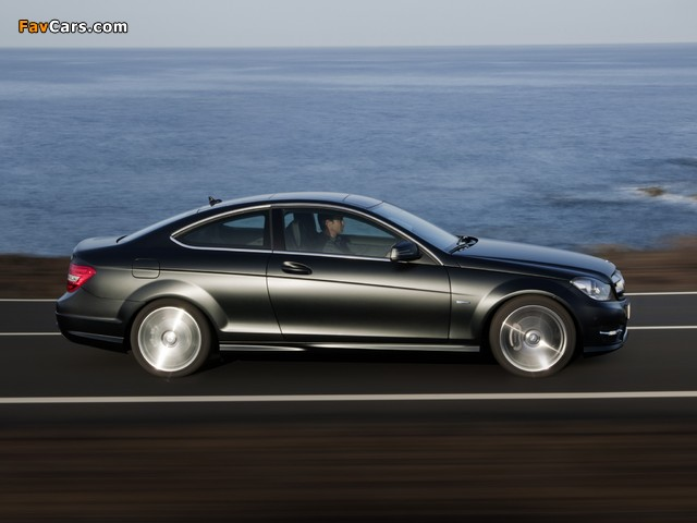 Images of Mercedes-Benz C 250 CDI Coupe (C204) 2011 (640 x 480)