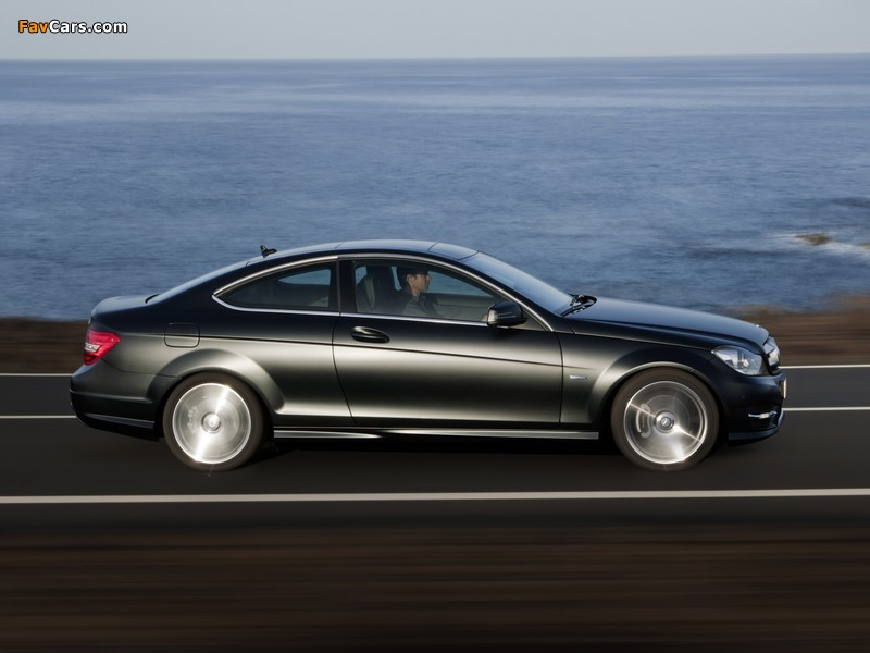 Images of Mercedes-Benz C 250 CDI Coupe (C204) 2011 (800 x 600)