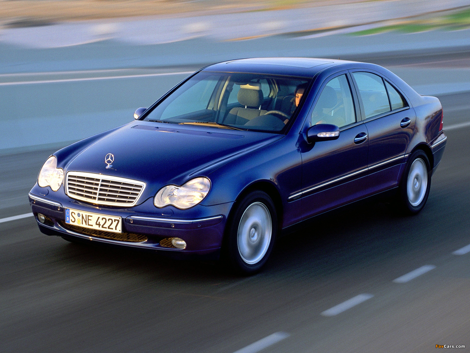 Mercedes-Benz C 270 CDI (W203) 2000–05 wallpapers (1600 x 1200)