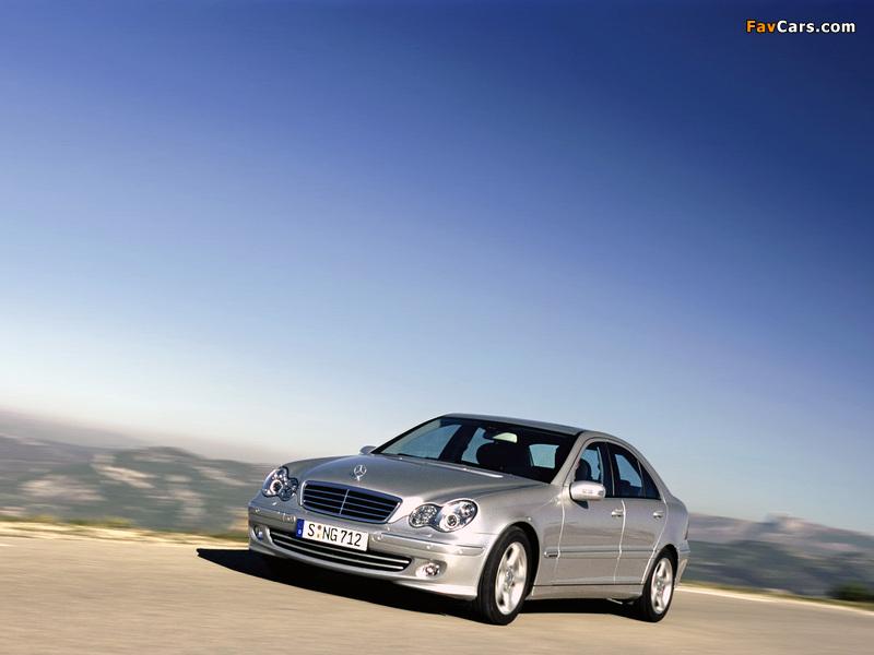 Mercedes-Benz C 220 CDI (W203) 2000–07 wallpapers (800 x 600)