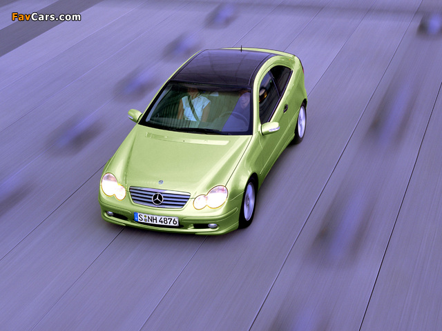 Mercedes-Benz C 200 Kompressor Sportcoupe (C203) 2001–05 pictures (640 x 480)