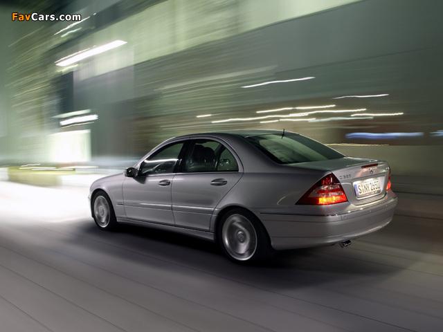 Mercedes-Benz C 320 CDI (W203) 2005–07 photos (640 x 480)