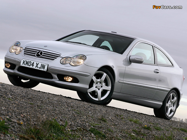 Mercedes-Benz C 320 Sportcoupe UK-spec (C203) 2005–07 wallpapers (640 x 480)
