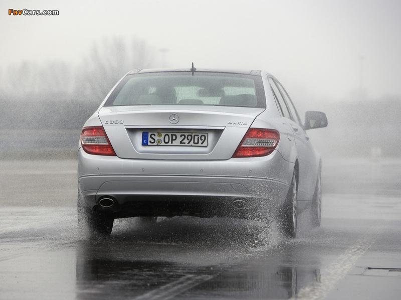 Mercedes-Benz C 350 4MATIC (W204) 2007–11 images (800 x 600)