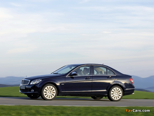 Mercedes-Benz C 350 4MATIC (W204) 2007–11 pictures (640 x 480)