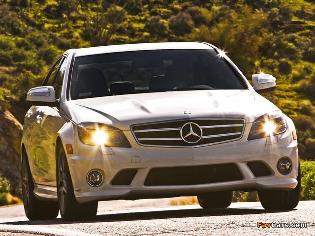 Mercedes-Benz C 63 AMG US-spec (W204) 2007–11 pictures (640 x 480)
