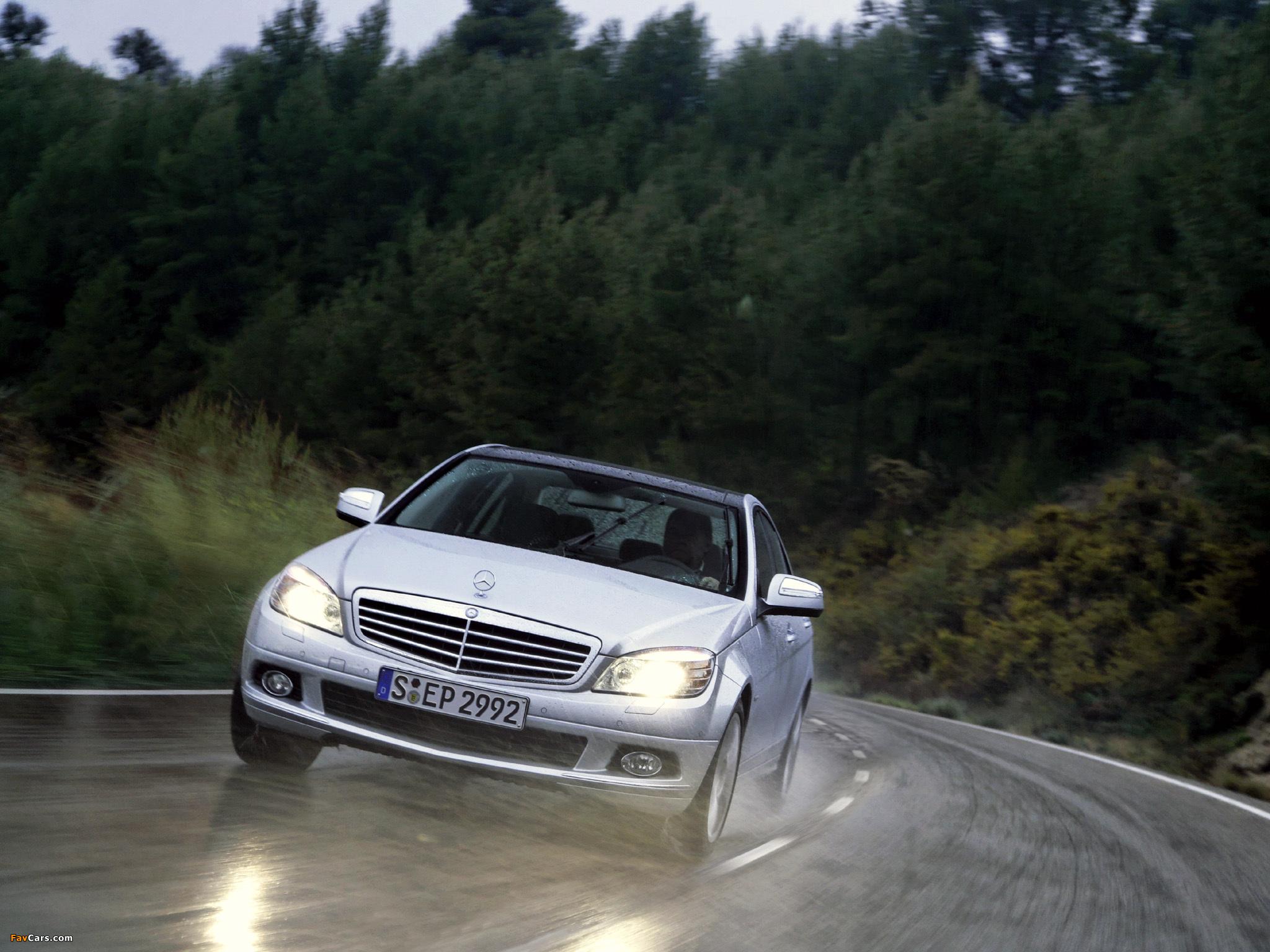 Mercedes-Benz C 350 4MATIC (W204) 2007–11 wallpapers (2048 x 1536)