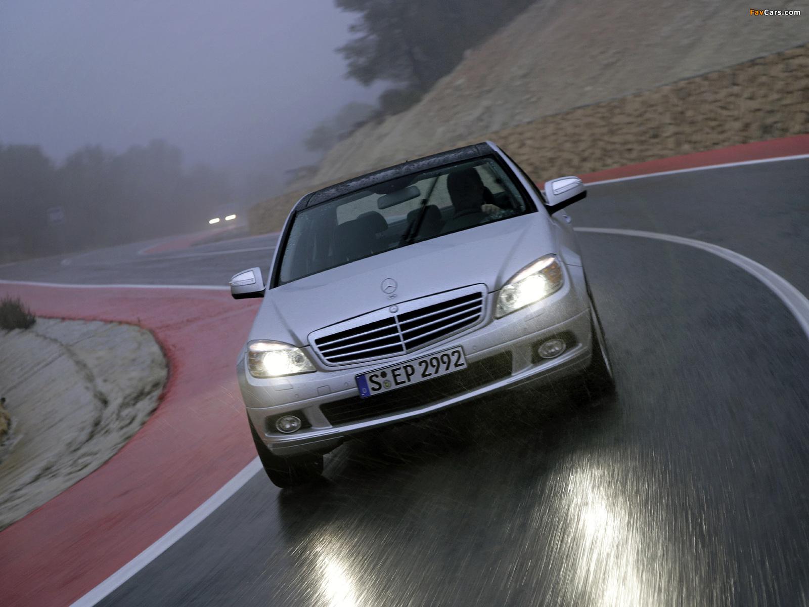 Mercedes-Benz C 350 4MATIC (W204) 2007–11 wallpapers (1600 x 1200)