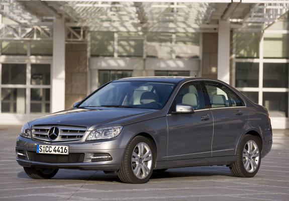 mercedes benz c 220 cdi w204 2010 11 photos. Black Bedroom Furniture Sets. Home Design Ideas