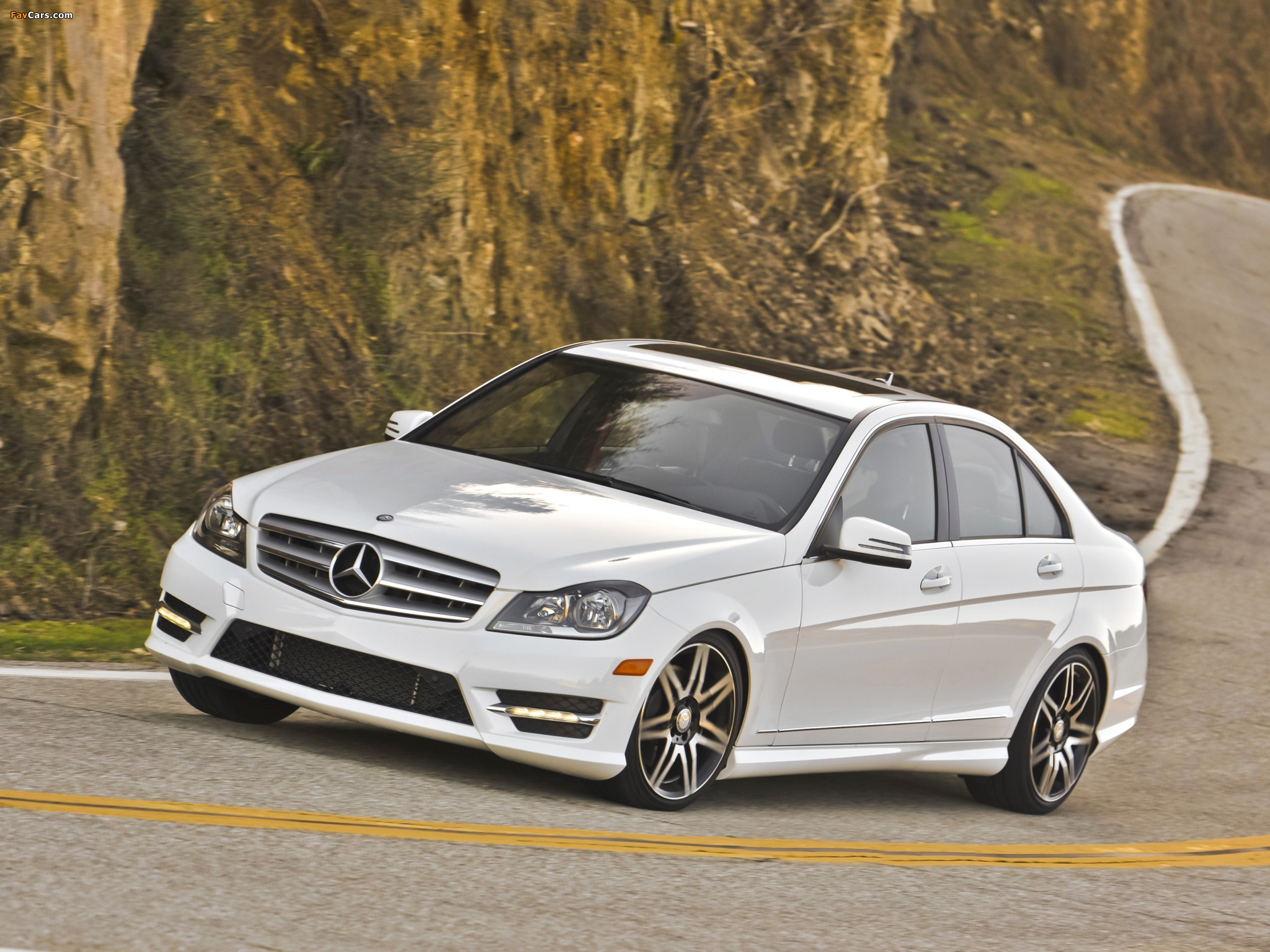 Mercedes-Benz C 300 4MATIC AMG Sports Package US-spec (W204) 2011 images (2048 x 1536)