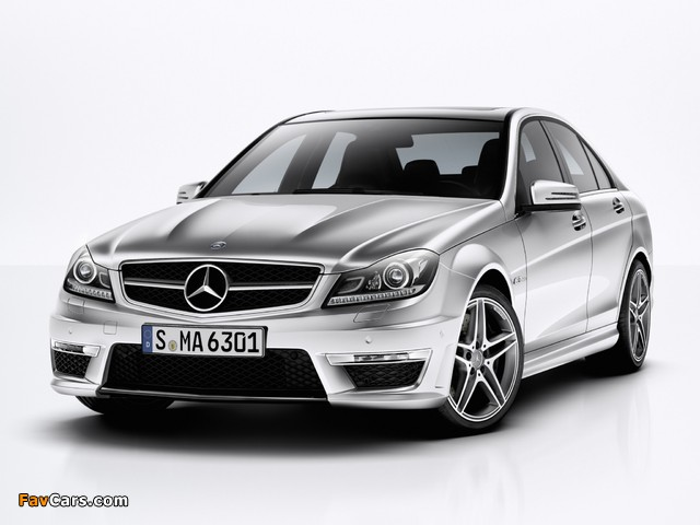 Mercedes-Benz C 63 AMG (W204) 2011 photos (640 x 480)