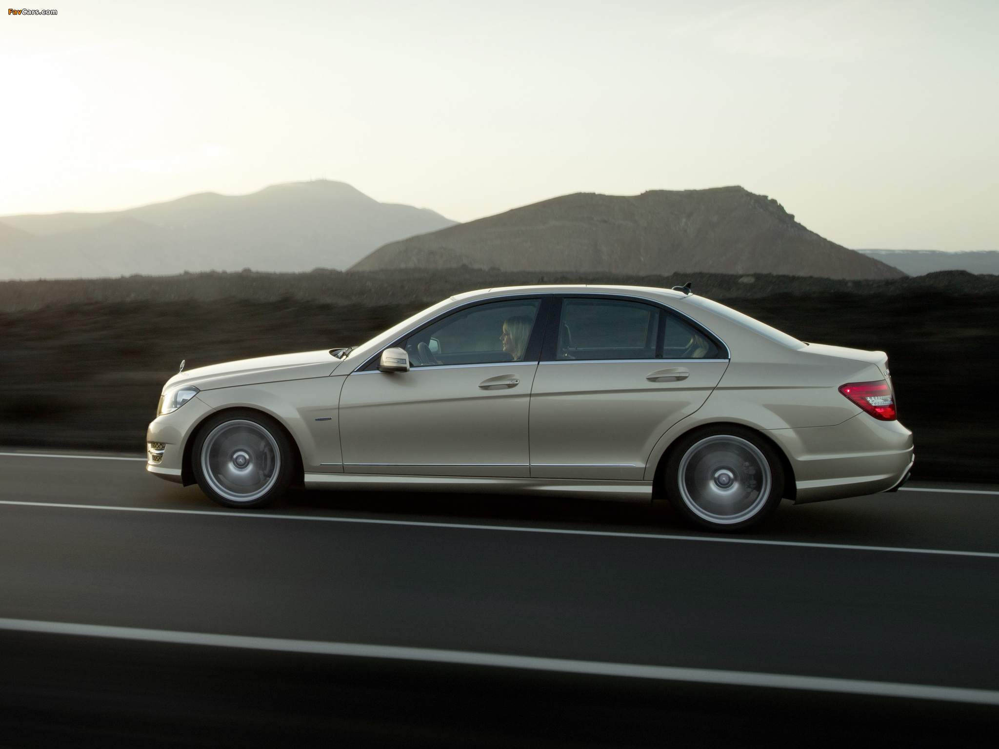Mercedes-Benz C 350 AMG Sports Package (W204) 2011 photos (2048 x 1536)