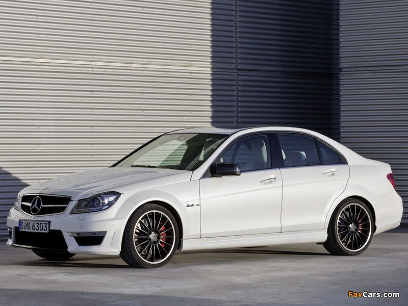 Mercedes-Benz C 63 AMG (W204) 2011 wallpapers (800 x 600)