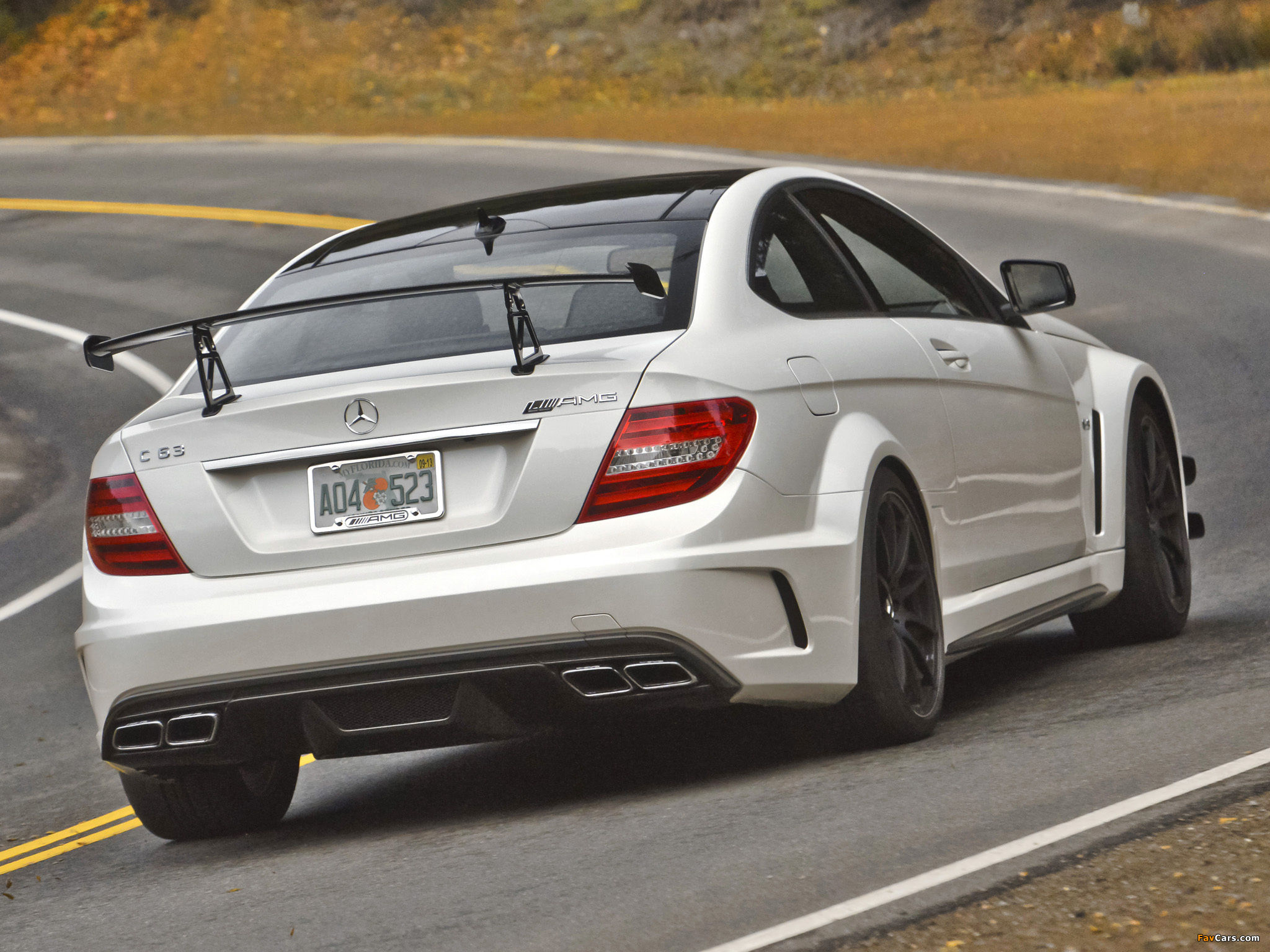 Mercedes-Benz C 63 AMG Black Series Coupe US-spec (C204) 2012 pictures (2048 x 1536)