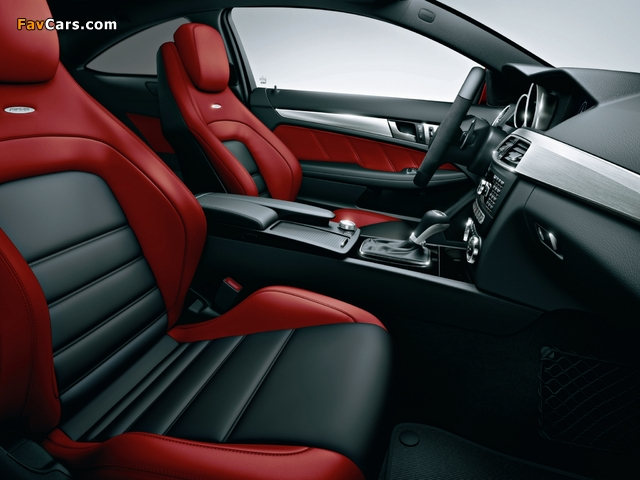 Mercedes-Benz C 63 AMG Limited Coupe (C204) 2013 wallpapers (640 x 480)