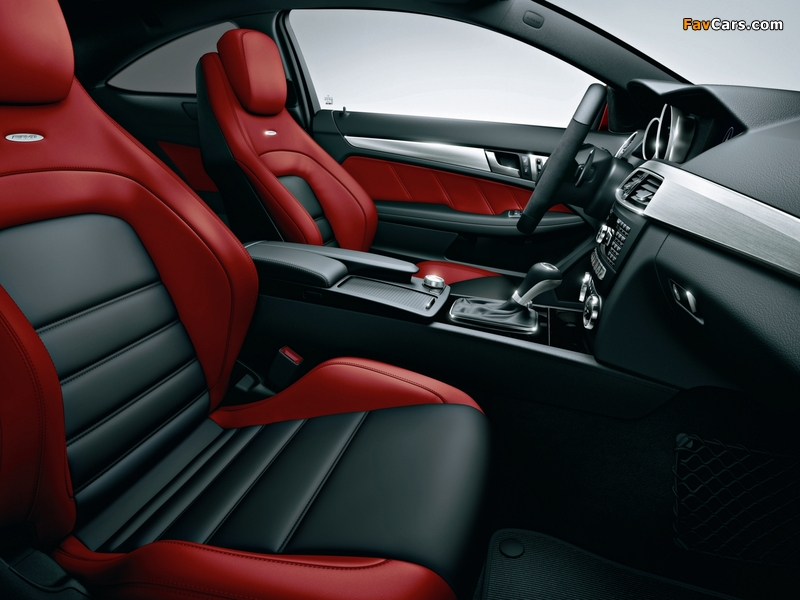 Mercedes-Benz C 63 AMG Limited Coupe (C204) 2013 wallpapers (800 x 600)
