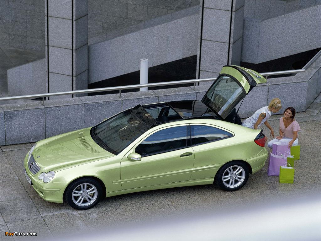 Photos of Mercedes-Benz C 200 Kompressor Sportcoupe (C203) 2001–05 (1024 x 768)