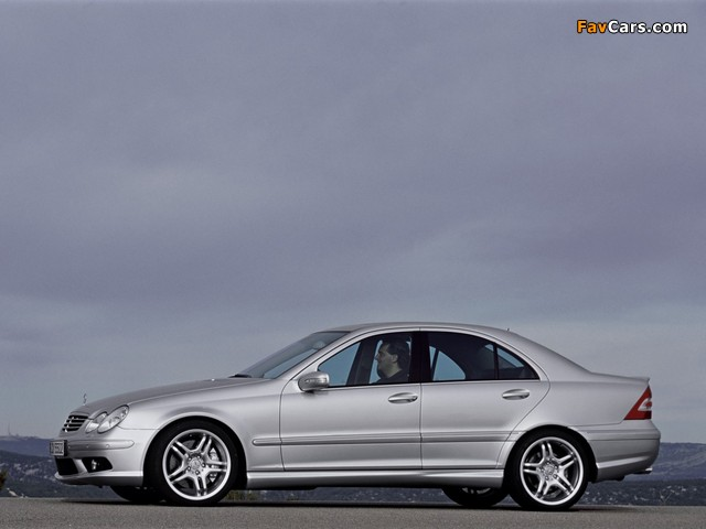 Photos of Mercedes-Benz C 55 AMG (W203) 2004–07 (640 x 480)