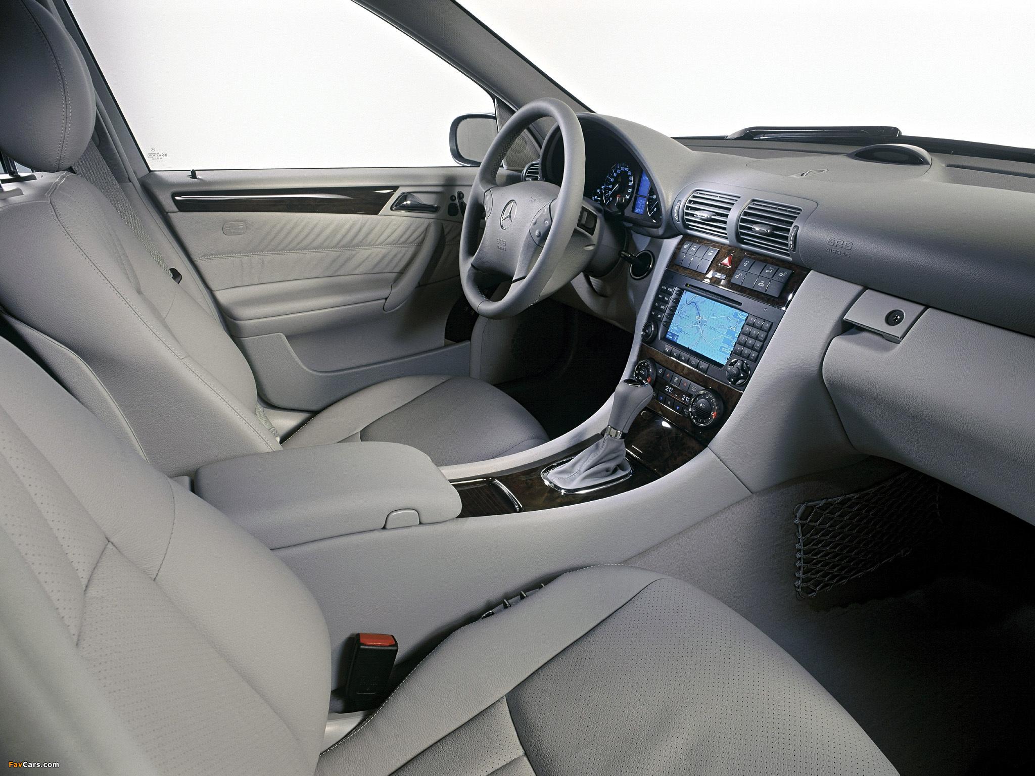 Photos of Mercedes-Benz C 350 (W203) 2005–07 (2048 x 1536)