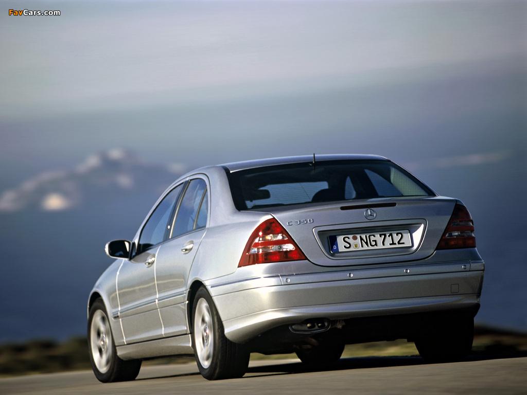 Photos of Mercedes-Benz C 350 (W203) 2005–07 (1024 x 768)