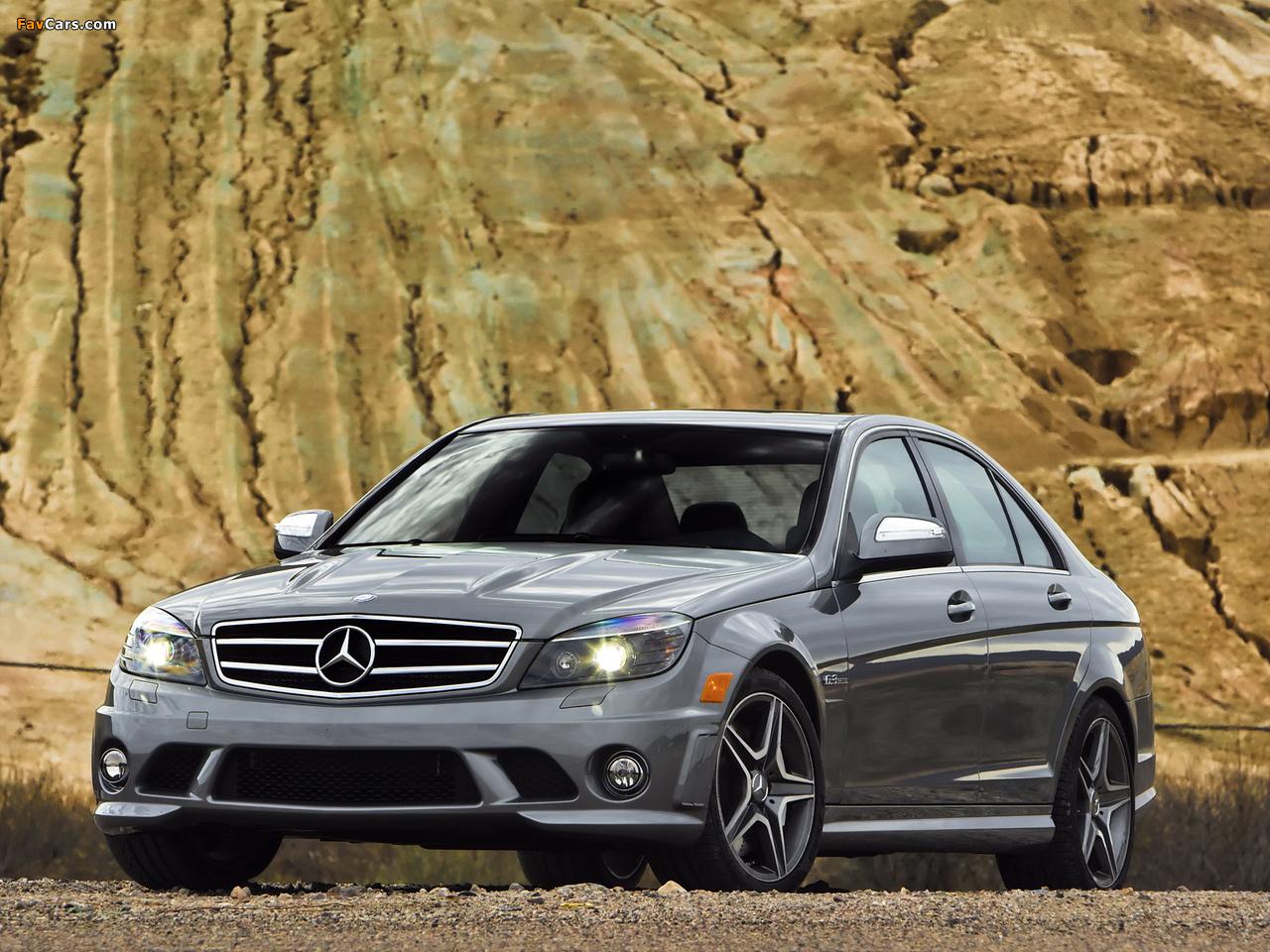 Photos of Mercedes-Benz C 63 AMG US-spec (W204) 2007–11 (1280 x 960)