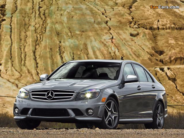 Photos of Mercedes-Benz C 63 AMG US-spec (W204) 2007–11 (640 x 480)