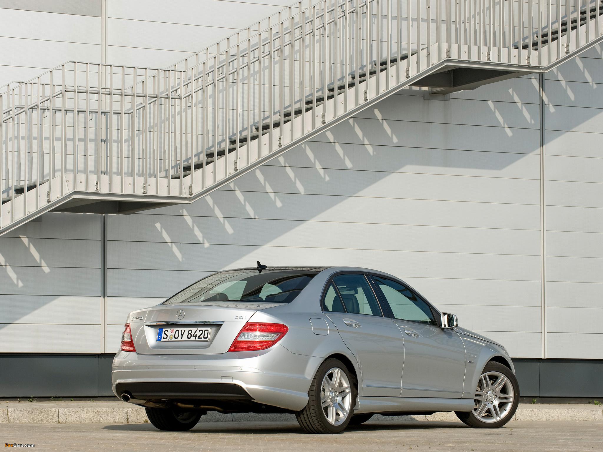 Photos of Mercedes-Benz C 250 CDI BlueEfficiency Sport (W204) 2008–11 (2048 x 1536)