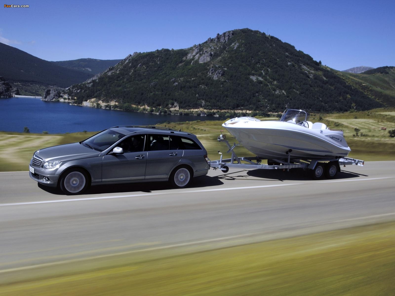 Photos of Mercedes-Benz C 320 CDI Estate (S204) 2008–11 (1600 x 1200)