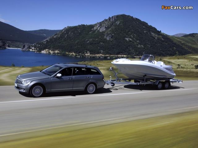 Photos of Mercedes-Benz C 320 CDI Estate (S204) 2008–11 (640 x 480)