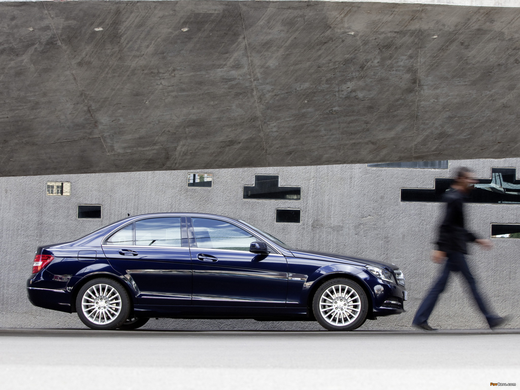 Photos of Mercedes-Benz C 250 CDI BlueEfficiency (W204) 2011 (2048 x 1536)