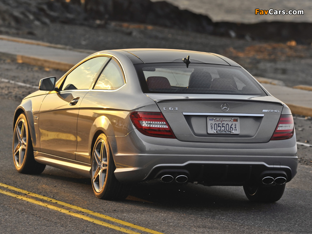 Photos of Mercedes-Benz C 63 AMG Coupe US-spec (C204) 2011 (640 x 480)
