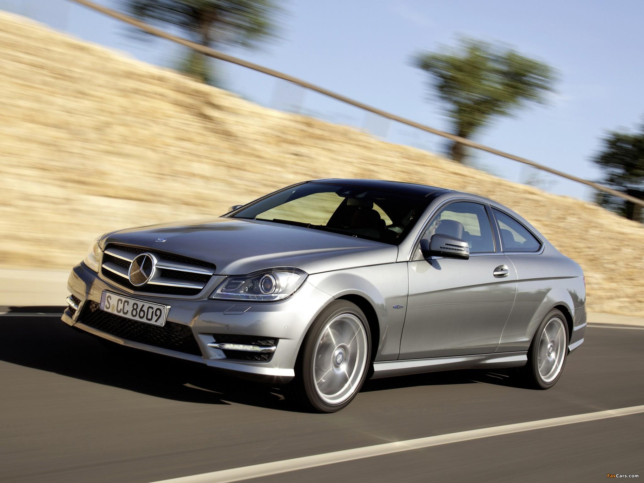 Photos of Mercedes-Benz C 250 Coupe (C204) 2011 (2048 x 1536)