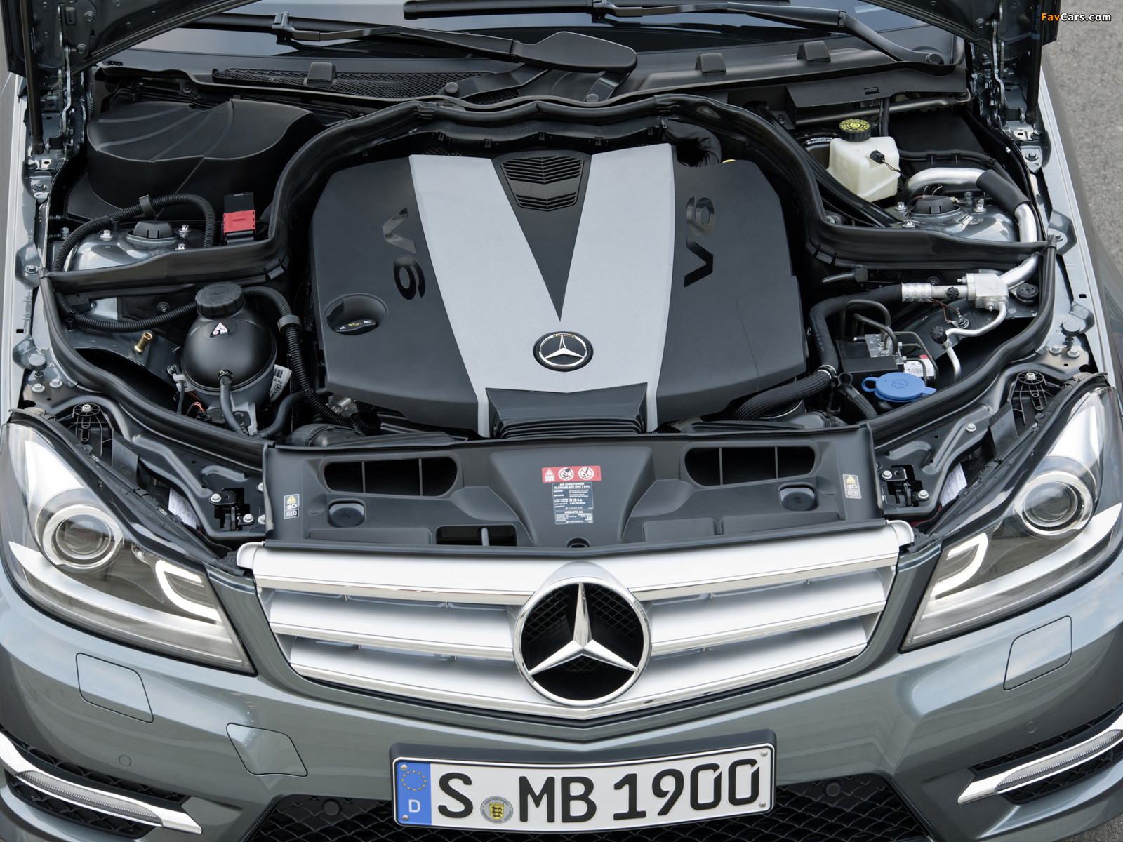 Photos of Mercedes-Benz C 350 CDI 4MATIC AMG Sports Package Estate (S204) 2011 (1600 x 1200)