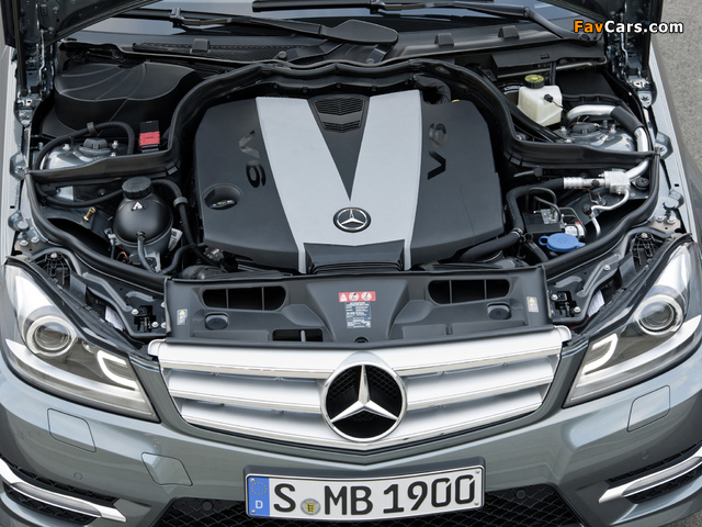 Photos of Mercedes-Benz C 350 CDI 4MATIC AMG Sports Package Estate (S204) 2011 (640 x 480)