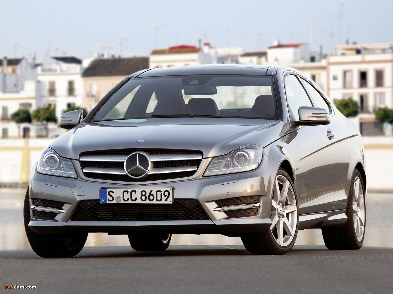Photos of Mercedes-Benz C 250 Coupe (C204) 2011 (1280 x 960)