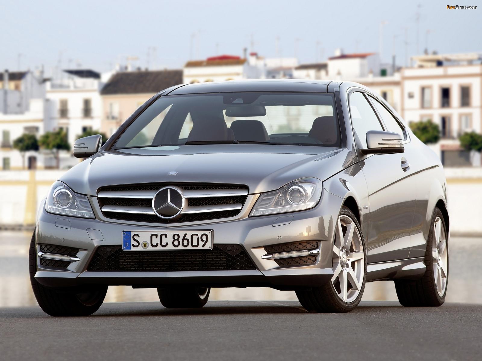 Photos of Mercedes-Benz C 250 Coupe (C204) 2011 (1600 x 1200)