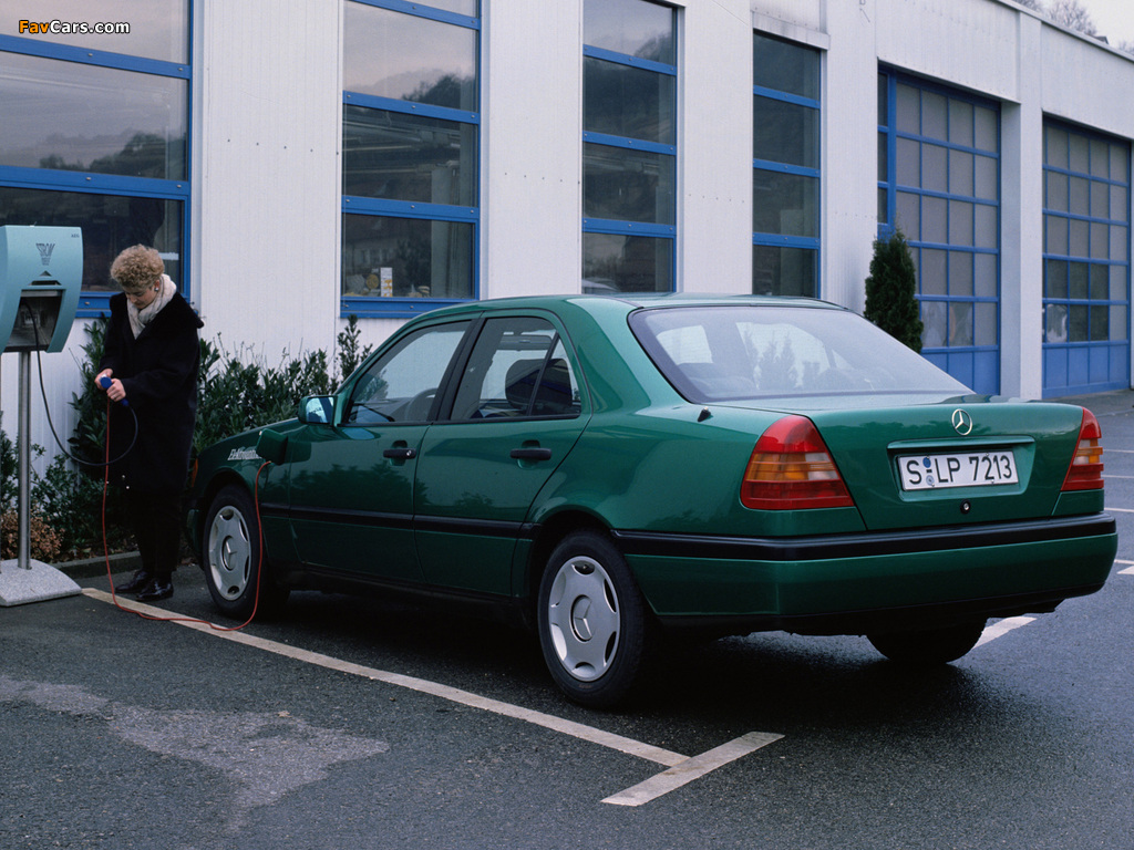 Photos of Mercedes-Benz C-Klasse Elektroantrieb (W202) (1024 x 768)